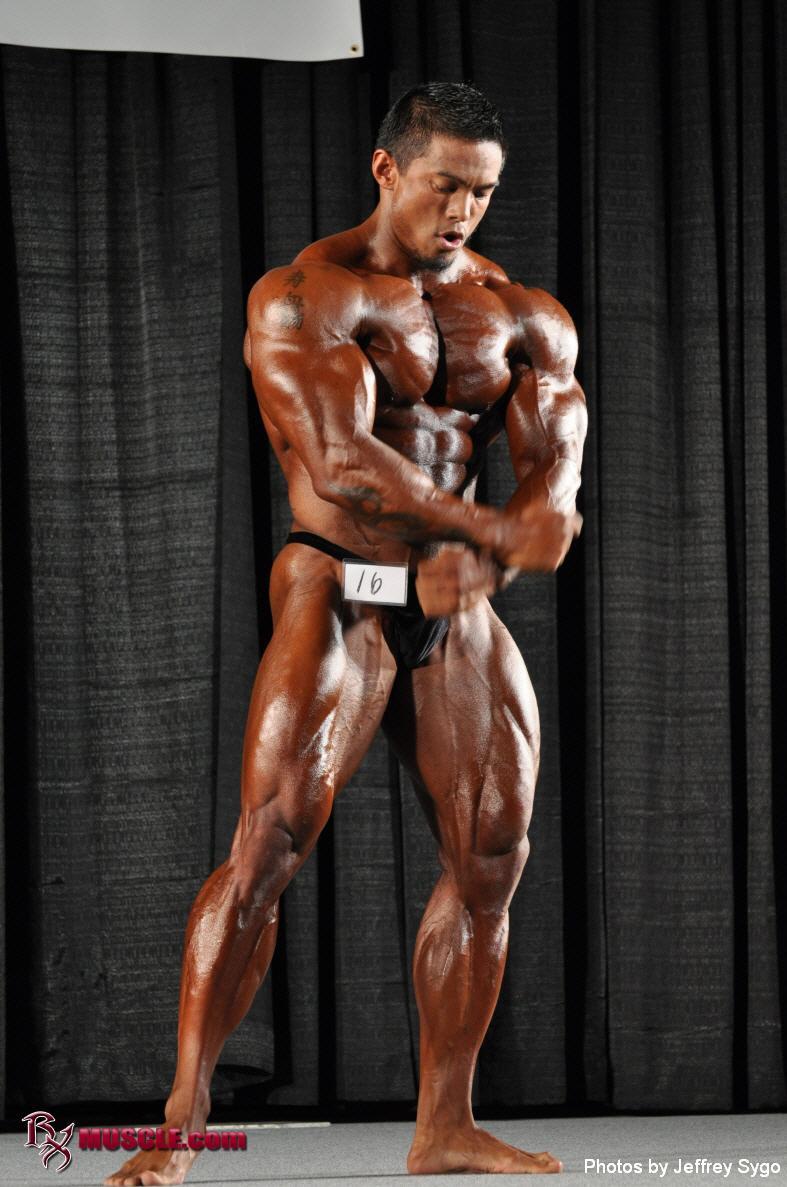 Stan  McQuay - IFBB John Simmons Pro 2010 - #1