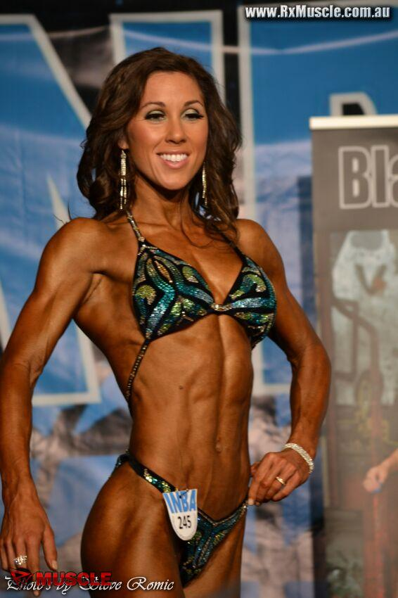 Lara McGrath - Australian Natural Championships 2011 - #1