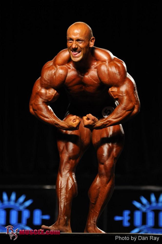 Robert  Burneika - IFBB Olympia 2011 - #1