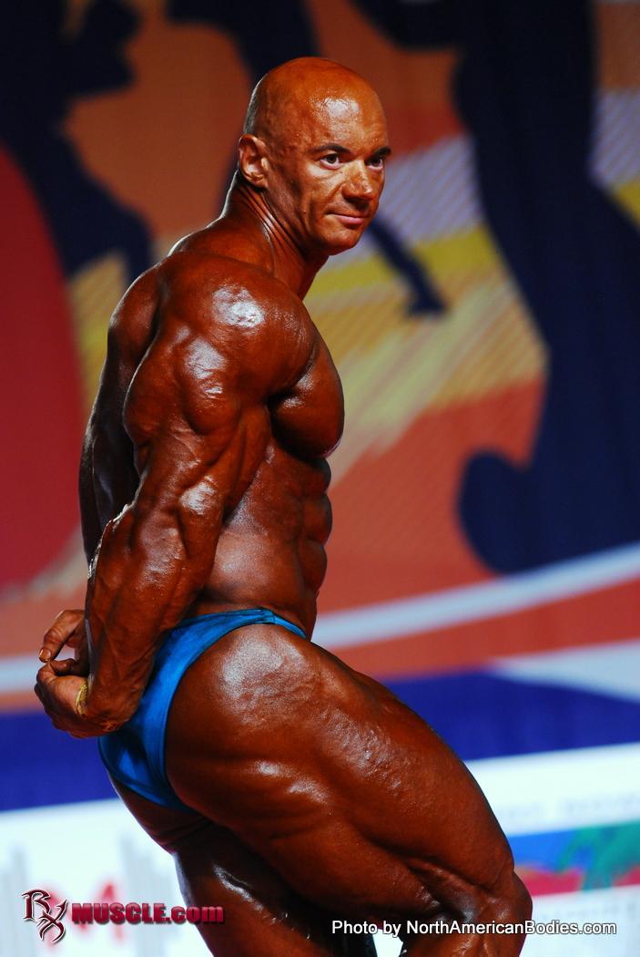 Oleksandr  Slobodyanyuk - IFBB Arnold Amateur 2012 - #1