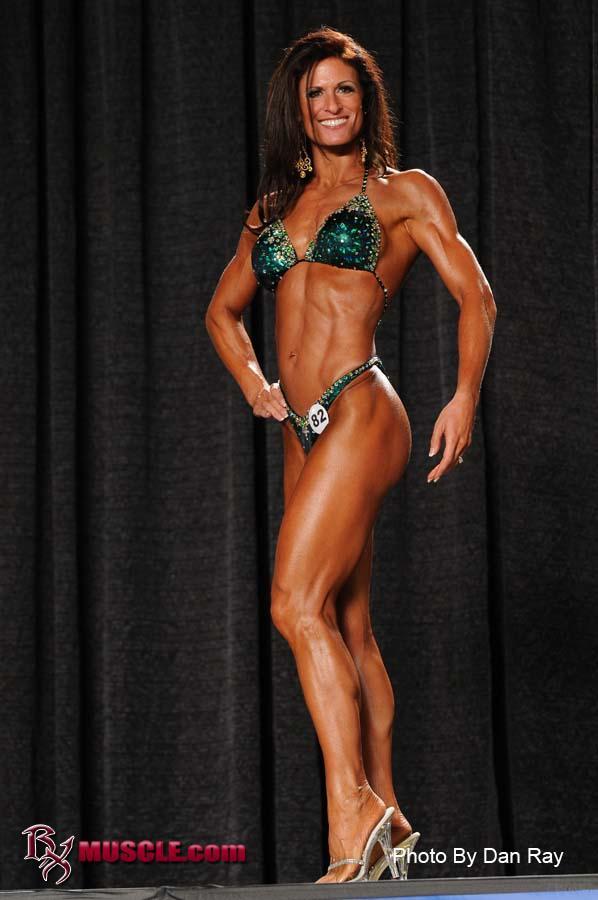 Lori Pavesi Npc Jr Nationals 2009 1