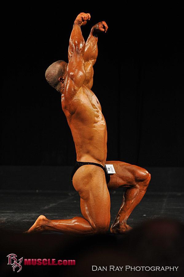 Peter  Putnam - IFBB Sacramento Pro  2010 - #1