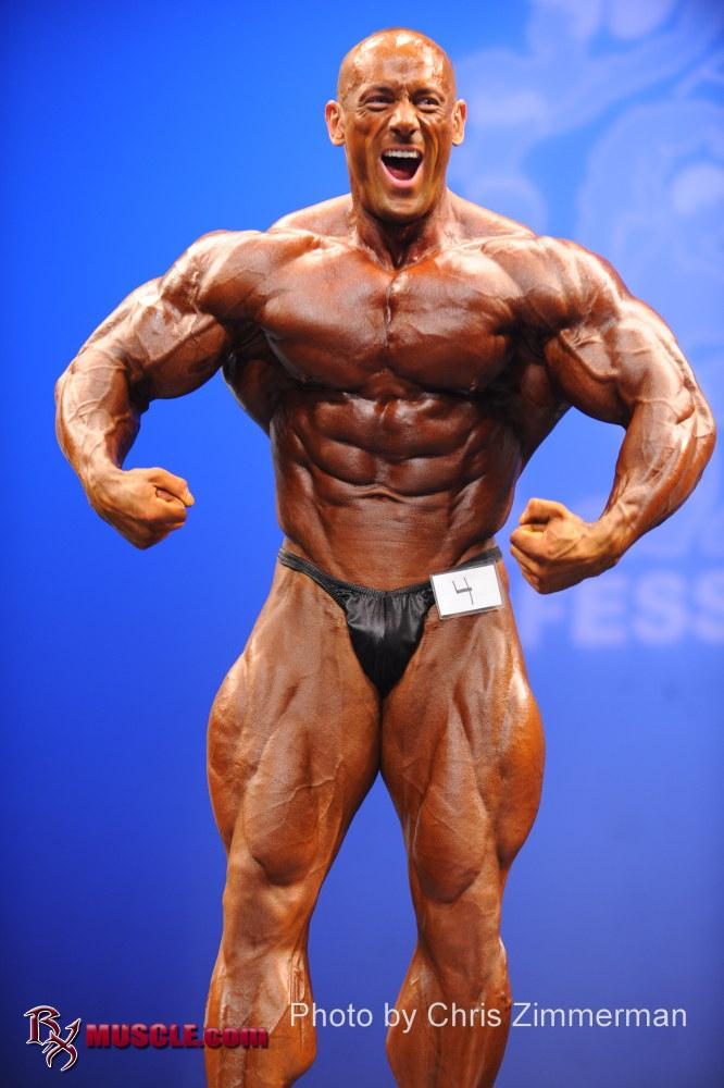 Robert  Burneika - IFBB New York Pro 2011 - #1