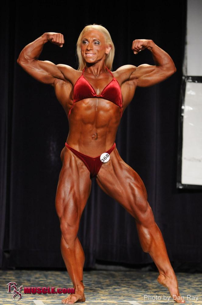 Canadians Sweep WBB Titles at IFBB North American