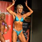 Melissa  Hunt - Sydney Natural Physique Championships 2011 - #1