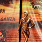 Andressa  Ribeiro - IFBB Wings of Strength Tampa  Pro 2015 - #1
