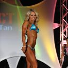 Justine  Munro - IFBB Fort Lauderdale Pro  2010 - #1